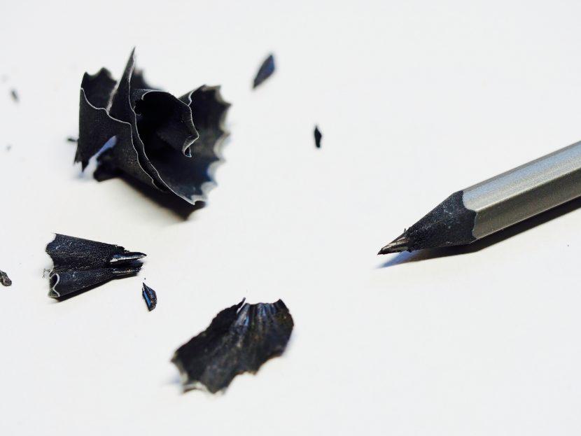 crayon-dessin-noir-gris